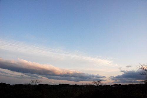夕刻の東の空.jpg