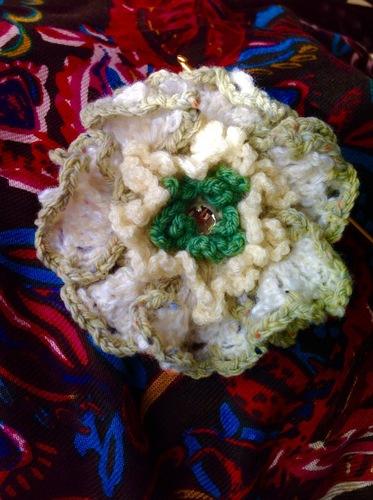 毛糸の大きなお花.jpg